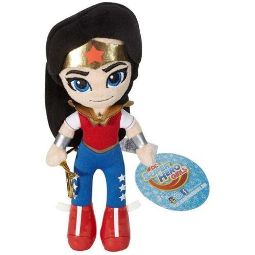 Wonder Woman plüssfigura