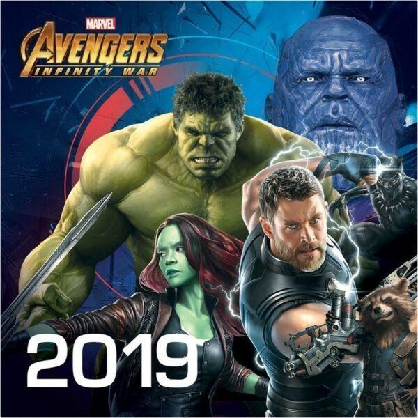 Avengers falinaptár